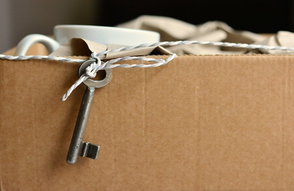 move, key, new apartment-2481718.jpg
